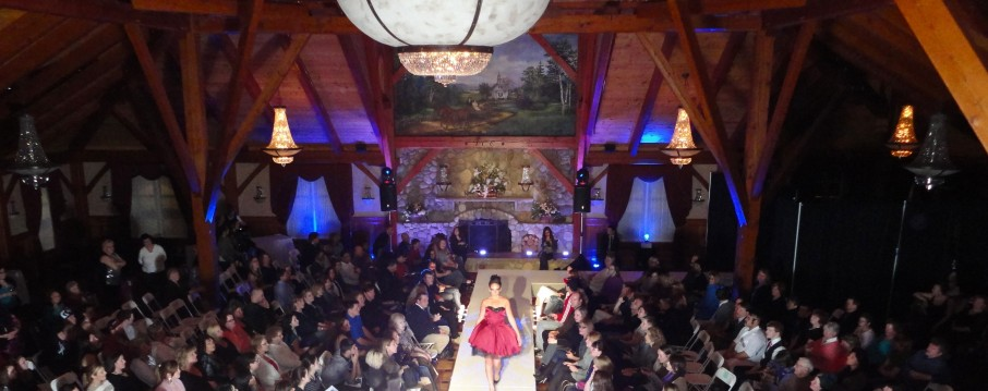 Up Lighting, fashion show lighting, event lighting, moving head lights, spot lights, Dj Greg, Boston Wedding dj